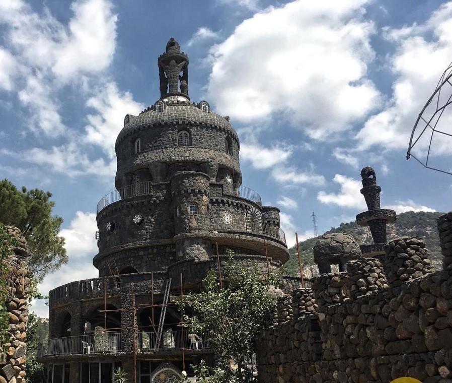 black castle2